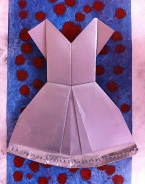 Paper Dress experimentingbegins!